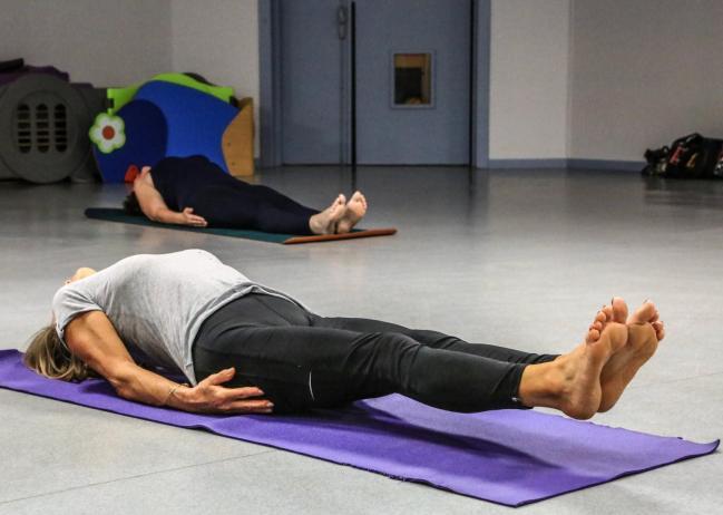 Le RL 20200930 yoga salle les coquelicots